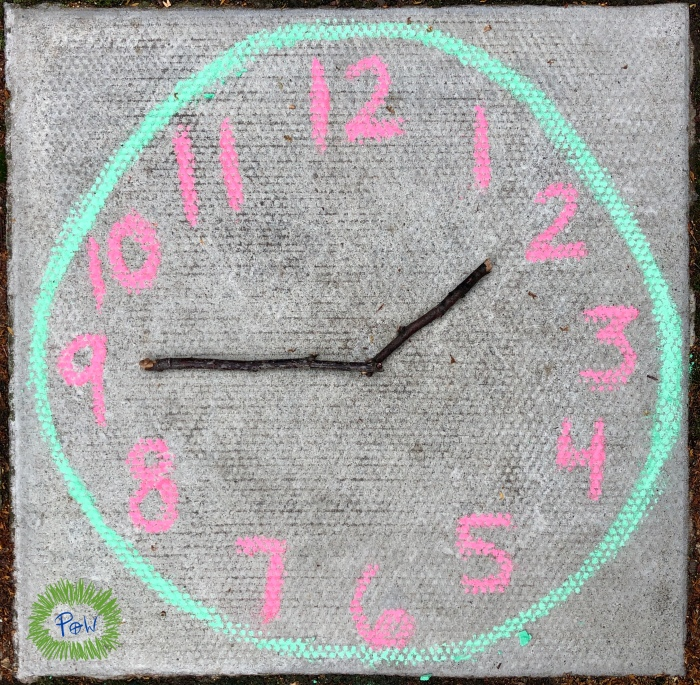 Learning how to Read a Clock. Chalk clock.