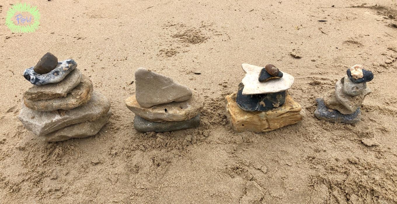 Outdoor Nature Art for Children. rock towers.